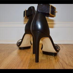 ✨Calvin Klein black sleek heels